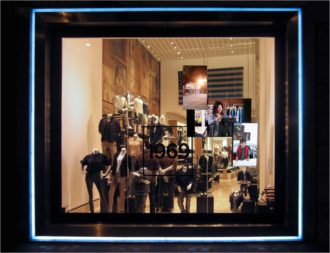 Whispering Window - GAPs flagship store - Rome