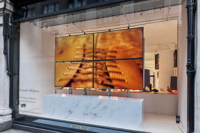 Attract Attention to TV Window Display for Storefront